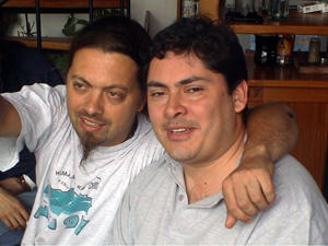 santiago-con-hugo-2003.jpg