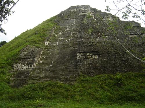 Descubriendo la Piramidología: junio 2013