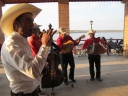 Fiesta, tequila y música